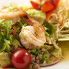 タイの食卓 オールドタイランド - 料理写真:美肌サラダ、ヤム・アボカド!!