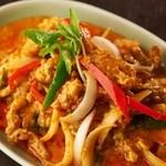 タイの食卓 オールドタイランド - 当店自慢の一品!!ソフトシェルクラブとふわふわ卵のカレー炒め