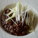 ジョーズ シャンハイ ニューヨーク - ジャージャー麺