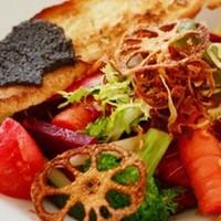 グッドモーニングカフェ - こだわり野菜の健康メニューも多数ご用意。