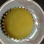 森のパン屋 - 新鮮卵の蒸しケーキ  130円