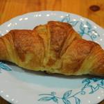 郷のパン工房 GLANz Mut そばの実カフェ - クロワッサン