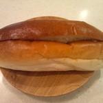 手作りパン キムラヤベーカリー - 片面ピーナツつけてもらった♪