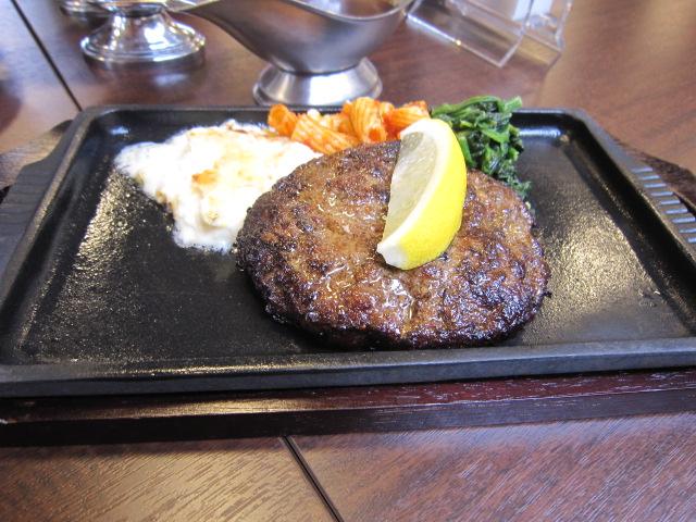 軽井沢 ステーキ&ハンバーグ ASAMA