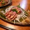 居酒屋りんたろう - 料理写真:地鶏のたたき ¥680