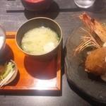 中々屋 - 特大有頭海老フライとクリームコロッケ定食