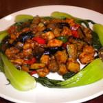 赤桃別館 - 鶏と茄子の炒め物