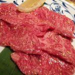 焼き肉 宝山 - ロース塩【880円】 きれいなサシですね。。