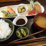 まかない屋 - 料理写真:2012年 日替わりランチ 800円