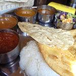 南インド料理ダクシン - ミールス