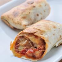 ロハスカフェARIAKE - トルティーヤのワンハンド・ピザ