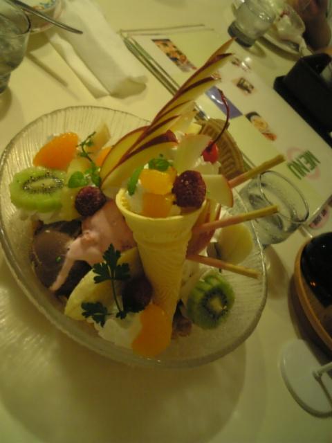 カフェ&レストラン カルネ