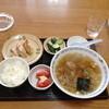 漫々亭 - 料理写真:ランチの餃子ライスとワンタンセット