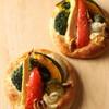 ラ ブティック ドゥ ジョエル・ロブション - 料理写真:季節野菜のフォカッチャ ¥399