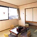 久美浜の宿 つるや - 内観写真:こじんまりしたお部屋