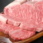 ステーキハウスハマ - 料理写真:厳選された黒毛和牛
