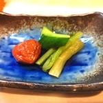 13805682 - きゅうりの漬物、野沢菜、梅干