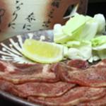 楽食空間 蔵くら - 手元で焼く牛タン。すごい贅沢な感じです。