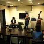 てぃーだ - 地元板倉町のジャズミュージシャンの生演奏。