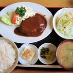 やまと - 料理写真:デミグラスハンバ-グ定食750円