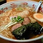 とんぼ - 料理写真:支那そば(600円)