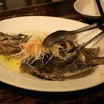 Bistro ひつじや - マトウダイのガーリックオーブン焼き(2,400円)
