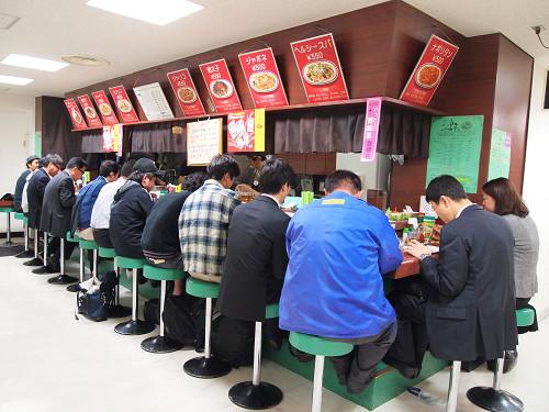 https://tabelog.ssl.k-img.com/restaurant/images/Rvw/13885/13885131.jpg