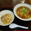 中華料理畔 - 料理写真:ラーメン+半チャーハン