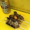 鳥勢 - 料理写真:焼鳥(1串60円)、極麦(130円)