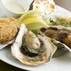 オストレア - 料理写真:牡蠣料理も新鮮な殻付き生牡蠣から 一つ一つ手作りで!