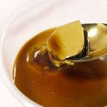 いちごのはな - 沖縄黒糖プリン 濃厚なプリンと蜜が絡み合います☆