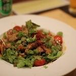 寿し若 - 鮪頭肉のピリ辛サラダ