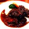 コックマン - 料理写真:ボリューム満点(@_@;)じっくり煮込んだ定番の牛頬肉の赤ワイン煮込み1000円☆