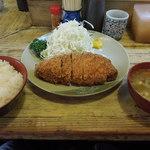 おさむ - ロースかつ(100g)定食