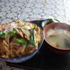 ドライブイン大雪園 - 料理写真:カツ丼
