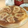 どば屋 - 料理写真:一番人気の「六白黒豚餃子」「六白黒豚にんにく餃子」