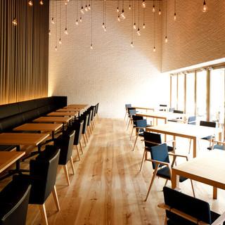 総合プロデューサー小林武史のこだわりのレストラン