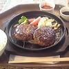DOME cafe - 料理写真:ダブルハンバーグ850円にドリンクバー130円。