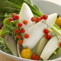 いく昌 - 【新鮮野菜】旬の生野菜の盛合せ⇒780円