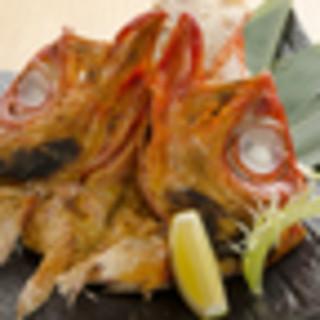 ■本日の獲れたて鮮魚と各地の銘酒を愉しむ■