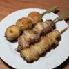 チキン・ディッシュ - 料理写真:焼鳥(タイムサービスで5串600円)つくね、もも、ぼんじり