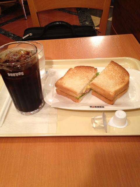 ドトールコーヒーショップ 阪急富田店