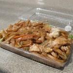 肉の加藤 - 鳩ヶ谷ソース焼きうどん(350円)