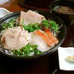 本家鮪屋 - とろ炙り三昧丼定食
