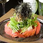こうね - おぼろ豆腐とトマトのサラダ  ¥690 自家製のゴマドレッシングがくせになります!