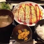 お好み焼・鉄板焼 巴 - オムそば定食(650円)