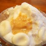 いちょうの木 - カヤラム練乳ココナツの蜜を掛けてみました♥(2012/8)