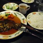 キッチン・カフェ けやき - 牛リブロースステーキセット (オムライスだけじゃなくこちらも美味しいよ!)