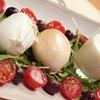 オービカ モッツァレラバー - 料理写真:3種の水牛モッツァレラチーズの盛り合わせ