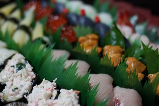 回る寿司 与加呂寿し